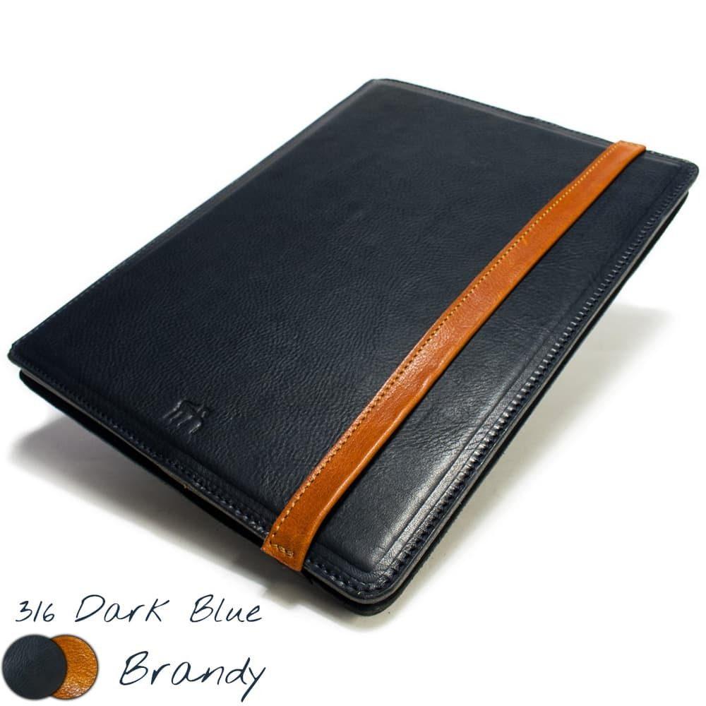 iPad Pro 12,9 Portfolio, Dark Blue and Brandy, Close