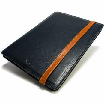 Portefeuille iPad Pro 12,9, Dark Blue et  Brandy, par Nicola Meyer