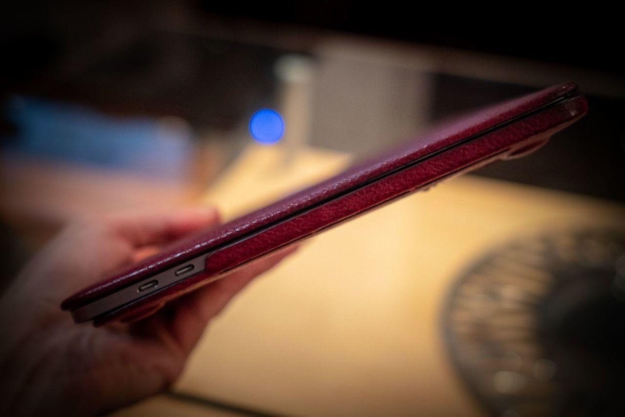 Macbook Full Case Burgundy Washed Nicola Meyer 02